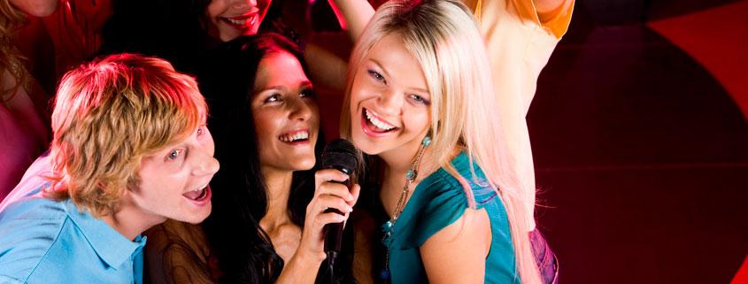Activités sportives, balades, jeux, soirées à thèmes… Chacun pourra trouver son bonheur ! En famille ou entre amis, retrouvez-vous pour un moment de partage et de fou rire, ping-pong, pétanque…